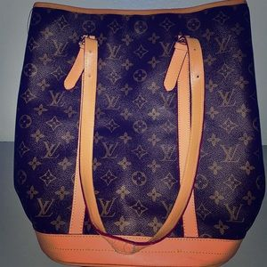 Louis Vuitton Extra Large Bucket Tote